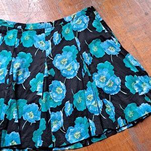 🌷2/$12 LOFT skirt